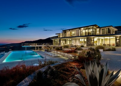 Ultra Modern Net Zero Malibu Hillside Home